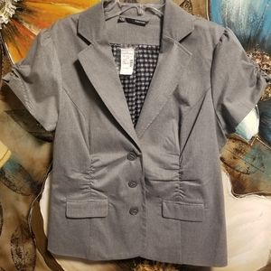 Maurices - Women's casual short sleeve jacket.